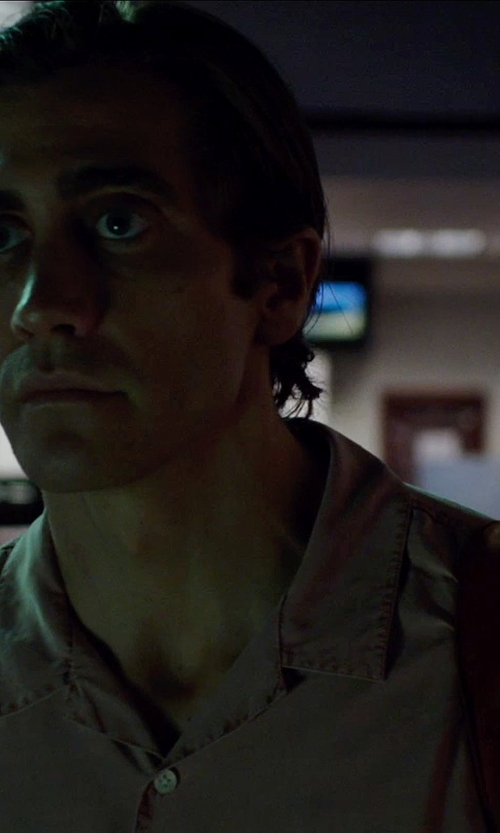 Jake Gyllenhaal with Carhartt Hines Solid Shirt in Nightcrawler