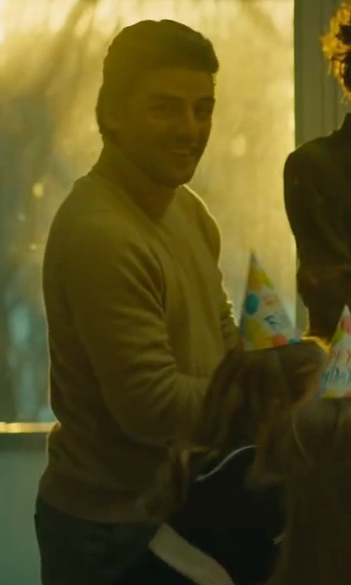 Oscar Isaac with Zanieri Turtleneck Sweater in A Most Violent Year