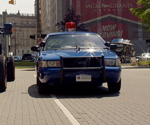 Buddy Joe Hooker with Ford Crown Victoria Sedan in Need for Speed