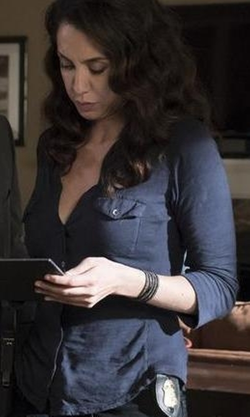 Mozhan Marnò with Notations Petite Y-Neck Blouse in The Blacklist