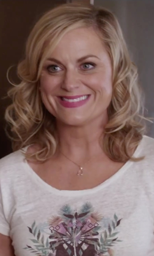 Amy Poehler with Everlasting Gold 10k Gold Wishbone Pendant Necklace in Sisters