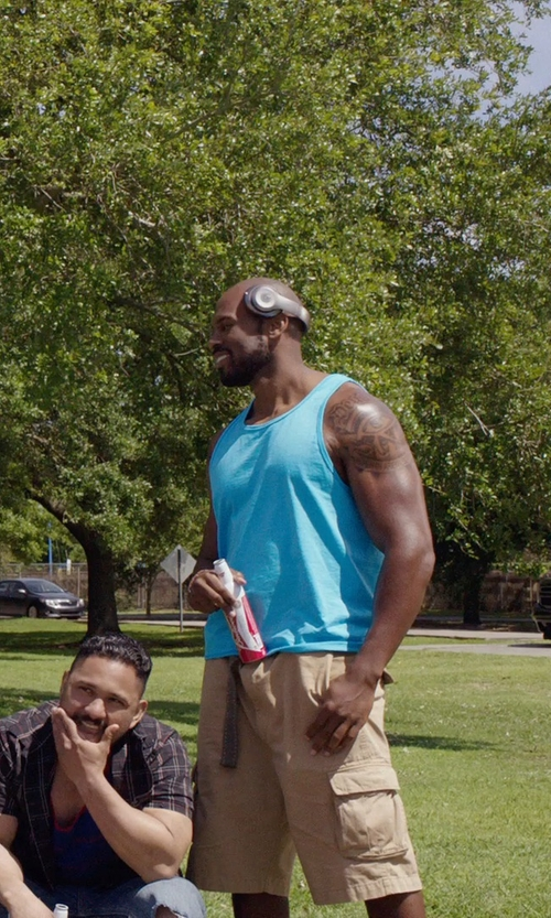 Shad Gaspard with Noise Hush Noise-Cancelling Over-Ear Headphones in Get Hard