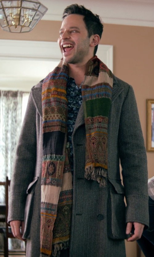 Nick Kroll with Purse Baby Reversible Tapestry Paisley Scarf in Adult Beginners