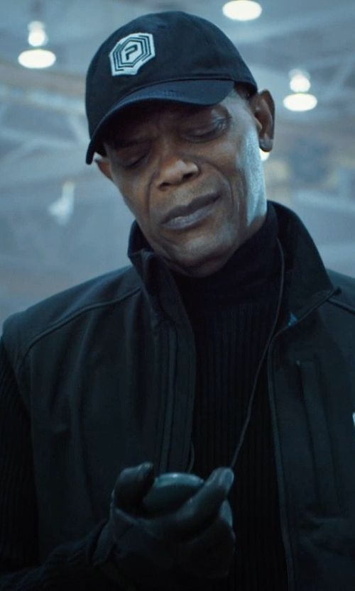 Samuel L. Jackson with Accusplit Pro Survivor Stopwatch in Barely Lethal