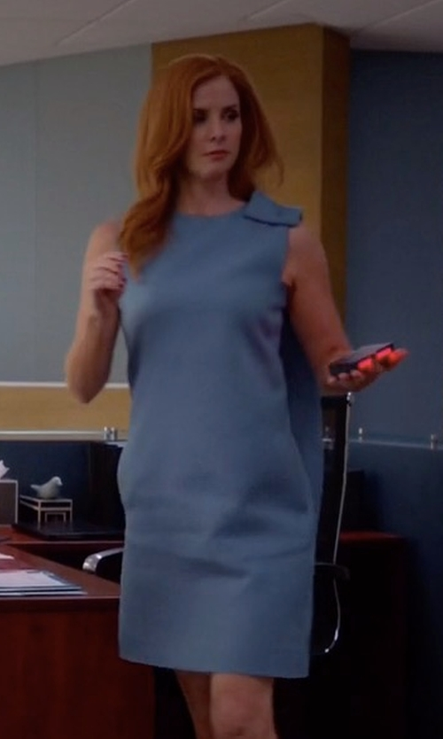 Sarah Rafferty with Valentino Bow Detail Dress in Suits