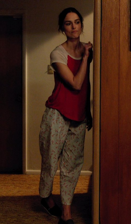 Keira Knightley with Hue Sleepwear Women's Scripted Love Pant in Laggies
