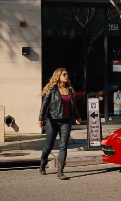 Ronda Rousey with Frye Jamie Artisan Lace Boots in Entourage