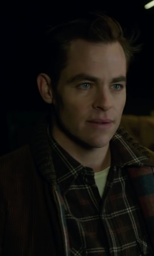 Chris Pine with Victorinox Men's Mahale Full-Zip Sweater in The Finest Hours