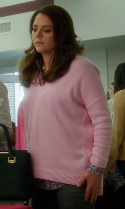 Annie Mumolo with Splendid  Vintage Whisper V-Neck Long Sleeve Sweater in Bad Moms