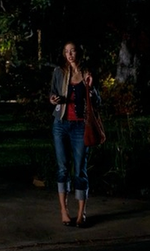 Analeigh Tipton with Hobo 'Gardner' Leather Shoulder Bag in Crazy, Stupid, Love.