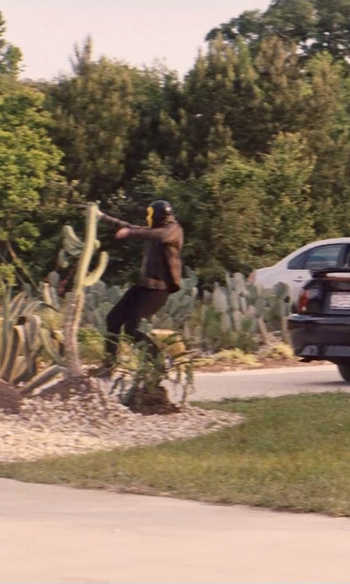 Unknown Actor with Carhartt Men's Washed Duck Double Work Pants in Hot Pursuit
