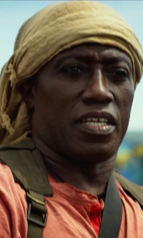 Wesley Snipes with Phenix Cashmere Men's Scarf in The Expendables 3