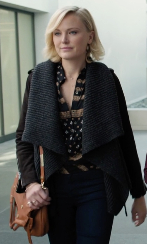 Malin Akerman with Tory Burch Robinson Messenger Bag in Billions