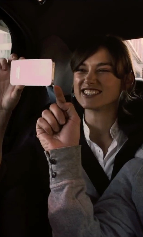 Keira Knightley with Apple iPhone 4S in Begin Again
