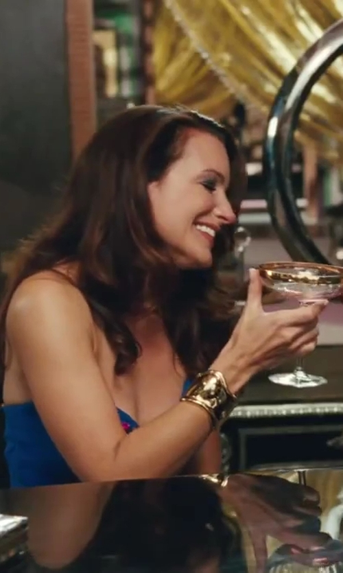 Kristin Davis with Elsa Peretti Bone Cuff Bracelet in Sex and the City 2