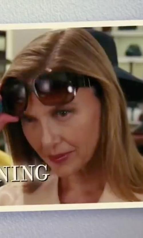 Annette Bening with Kaenon Maywood Oversized Sunglasses in The Women