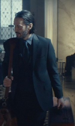 Keanu Reeves with Saddleback Leather Co. Leather Large Suitcase in John Wick
