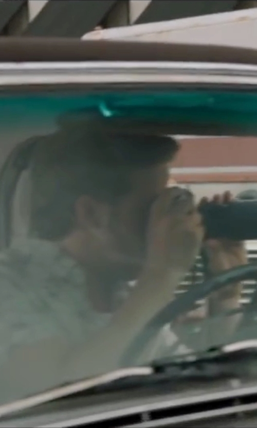 Ryan Gosling with Canon Rebel XTi DSLR Camera in The Nice Guys