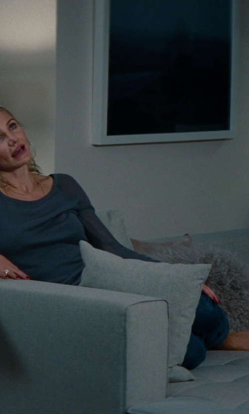 Cameron Diaz with VIG Furniture L Shape Gray Fabric Sectional Sofa in The Other Woman