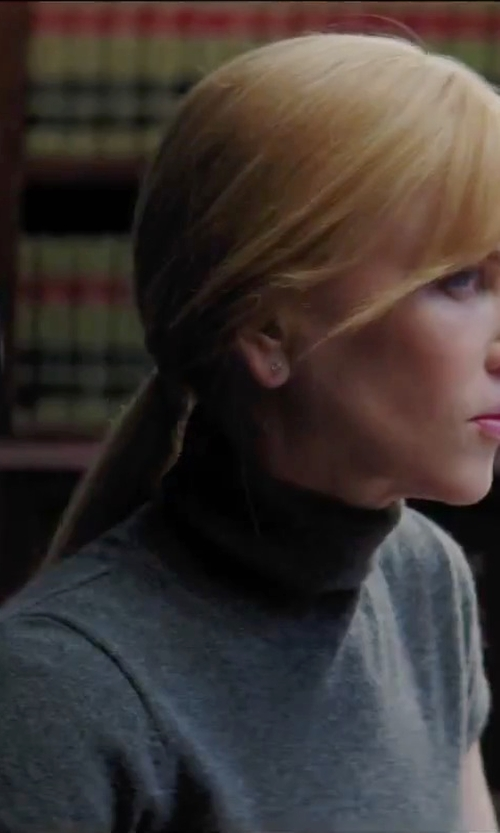 Nicole Kidman with Gotha Solid Color Turtleneck Top in Secret in Their Eyes