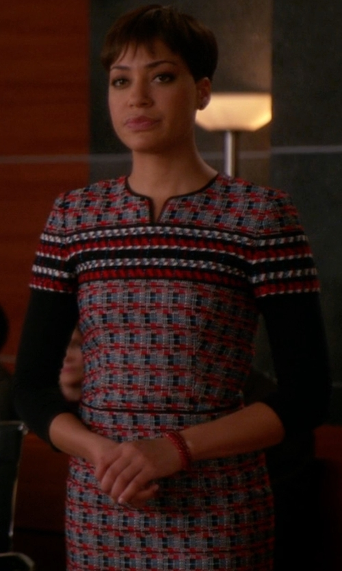 Cush Jumbo with Oscar De La Renta Cotton And Wool-Blend Pencil Dress in The Good Wife