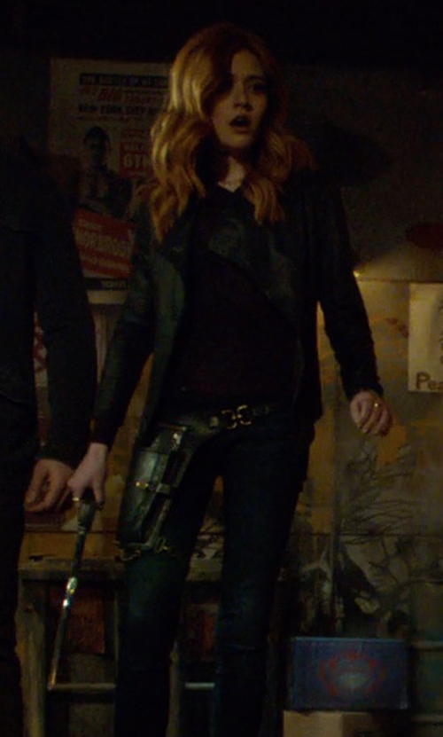 Katherine McNamara with Babaton Phil T-Shirt in Shadowhunters