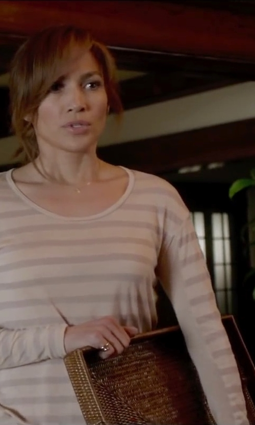 Jennifer Lopez with Caspari Rattan Rectangular Tray in The Boy Next Door