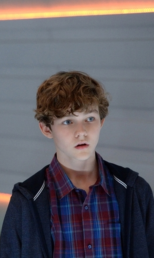 Levi Miller with Gant Plaid Check Shirt in Supergirl