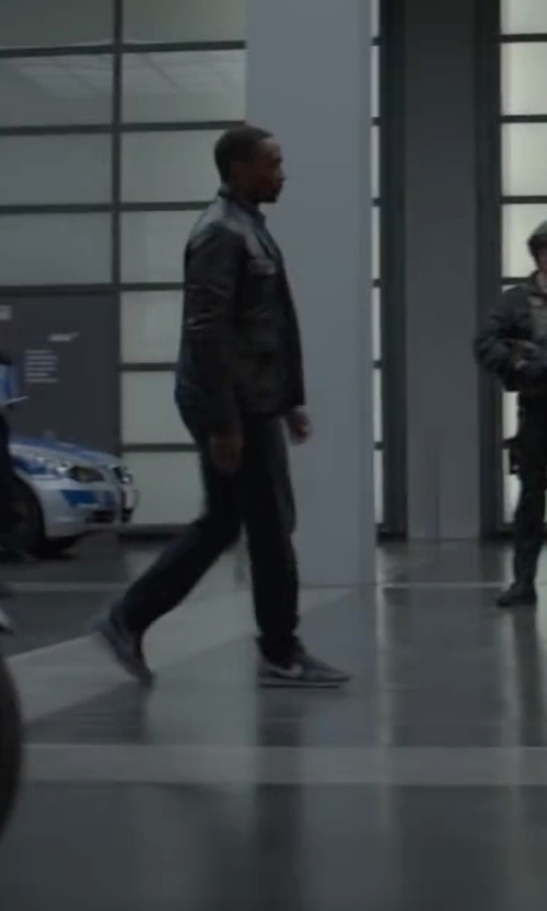 Anthony Mackie with Nike 'Air Pegasus 83/30' Sneakers in Captain America: Civil War