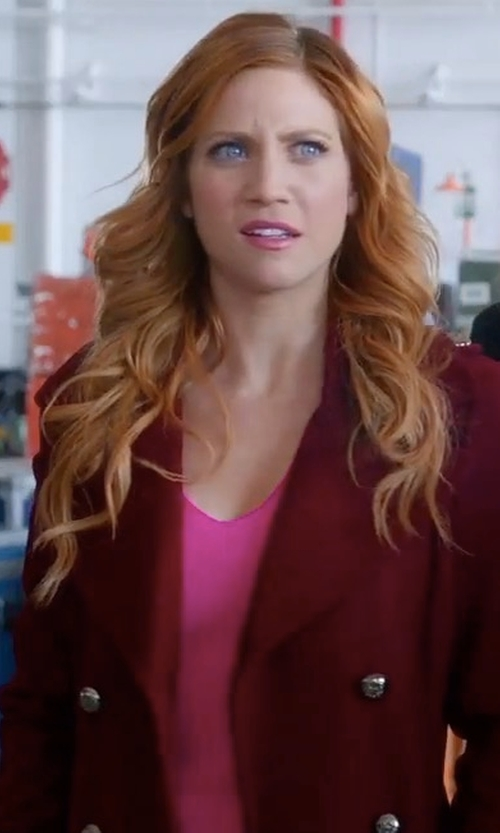 Brittany Snow with Joie Theda Blouse in Pitch Perfect 3