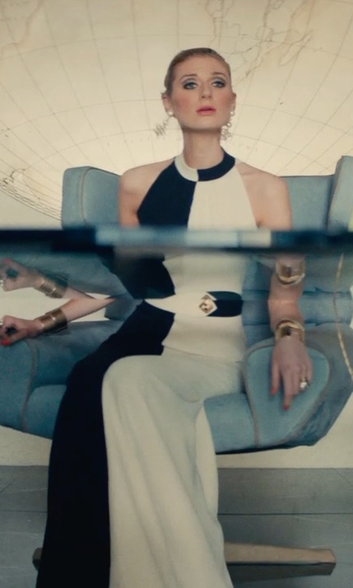 Elizabeth Debicki with Arne Jacobsen Leather Lounge Egg Chair in The Man from U.N.C.L.E.
