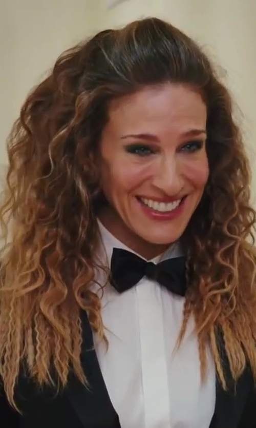 Sarah Jessica Parker with Christian Dior Petite Taille Tux Shirt in Sex and the City 2