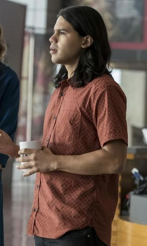 Carlos Valdes with John Varvatos Star USA Men's Short-Sleeve Slim-Fit Button Down Shirt in The Flash