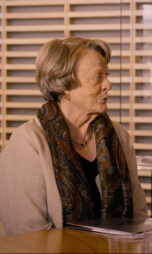 Maggie Smith with Marco Bicego 'Lunaria' Drop Earrings in The Second Best Exotic Marigold Hotel