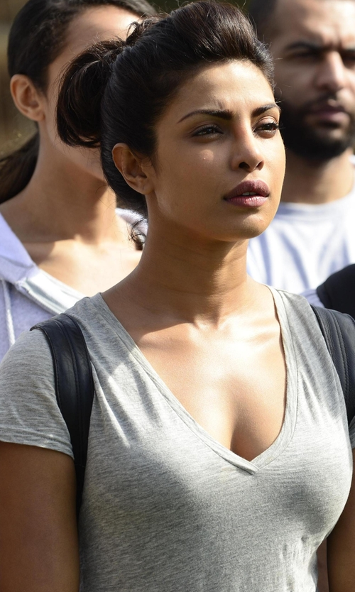 Priyanka Chopra with Current/Elliott V-Neck T-Shirt in Quantico