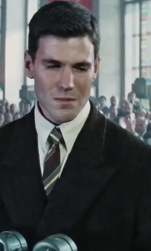 Austin Stowell with Vince Camuto Retro Stripe Tie in Bridge of Spies