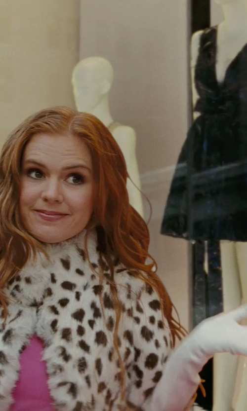 Isla Fisher with David's Bridal Opera Length Gloves in Confessions of a Shopaholic