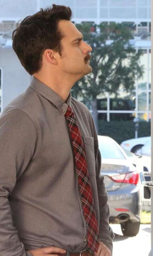 Jake Johnson with Tommy Hilfiger Red Plaid Group Tie in New Girl