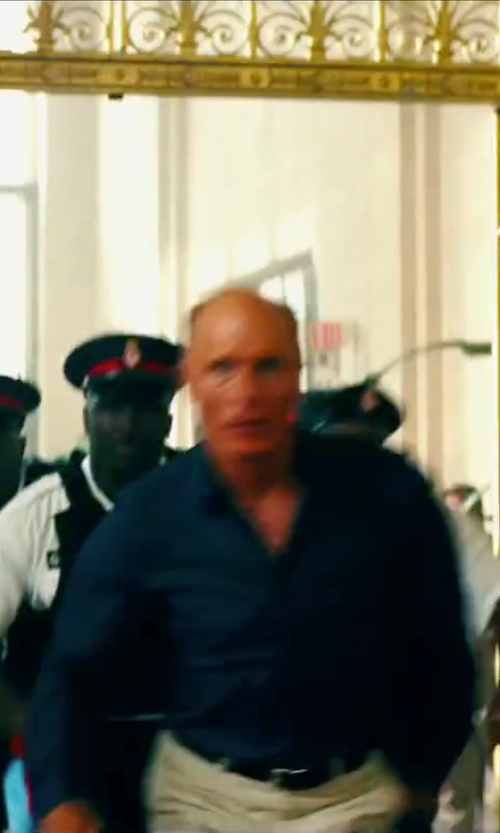 Ed Harris with Mr. Start Square Collar Oxford Shirt in Pain & Gain