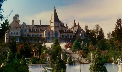 Leonardo DiCaprio with St Patrick's Seminary (depicted as Gatsby Mansion) Sydney, Australia (depicted as Long Island, New York) in The Great Gatsby