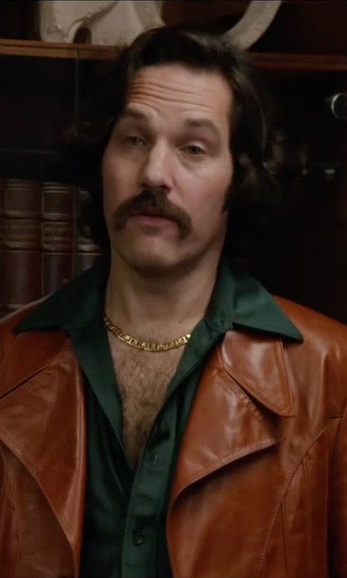 Paul Rudd with Amazon Curated Collection Men's 10k Yellow Gold Cuban Chain Necklace in Anchorman 2: The Legend Continues