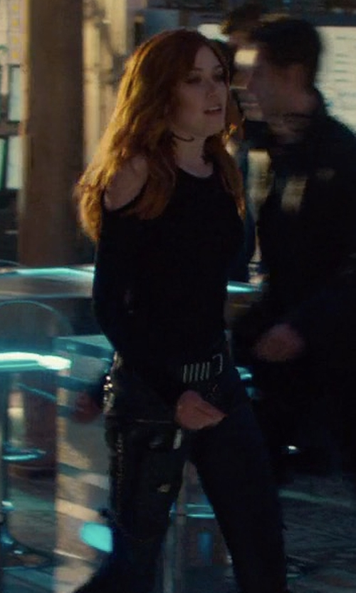Katherine McNamara with Club Monaco Simone Leather Belt in Shadowhunters