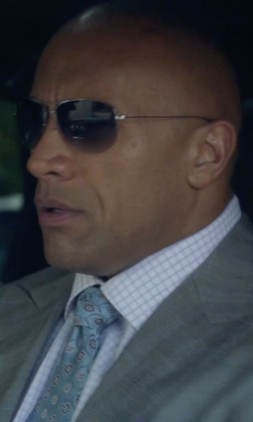 Dwayne Johnson with Oliver Peoples Strummer Sunglasses in Ballers