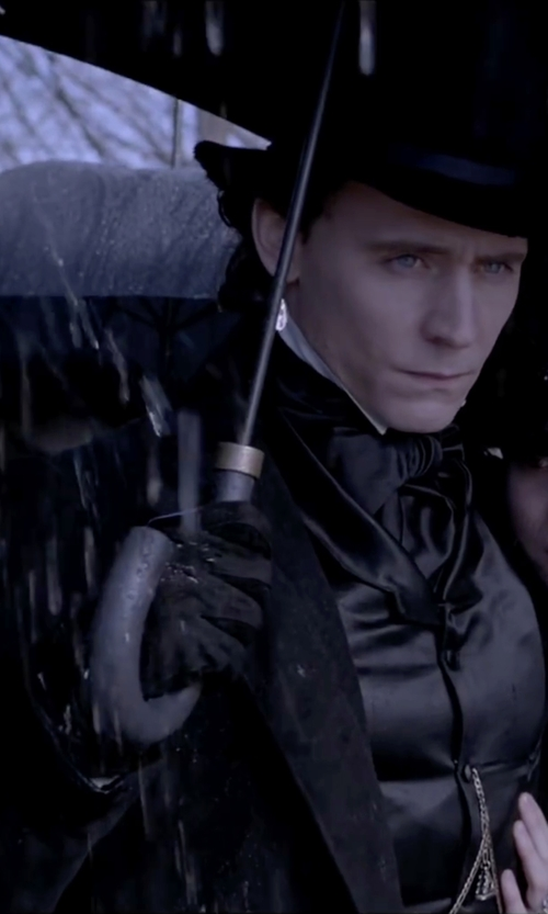 Tom Hiddleston with Raf Simons Minimalist Lightweight Overcoat in Crimson Peak