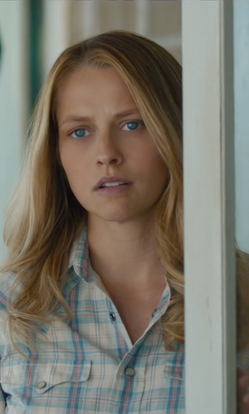 Teresa Palmer with Joe's Jeans Piper Shirt in The Choice