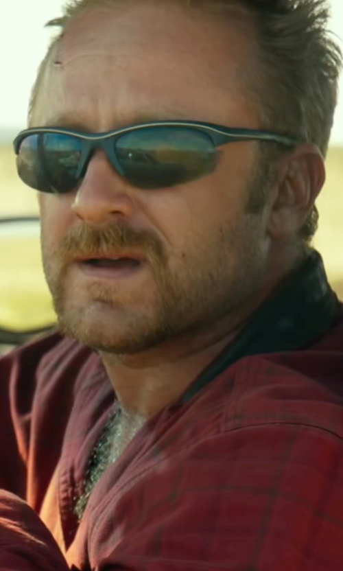 Ben Foster with Oakley Half Jacket 2 Sunglasses in Hell or High Water