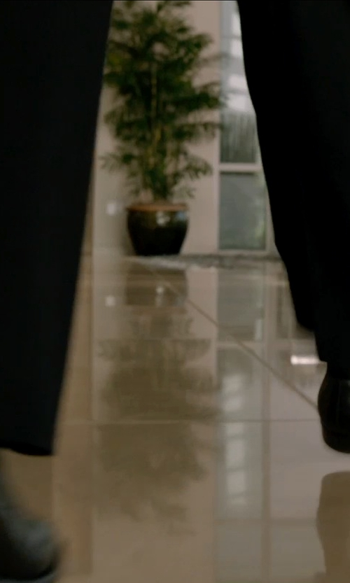 Chris Pine with Just Ice Leather Dress Shoes in Horrible Bosses 2