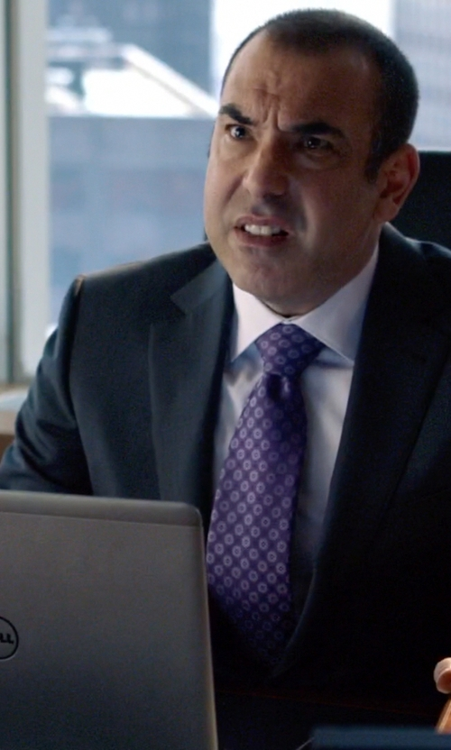 Rick Hoffman with Dell Inspiron i5547 in Suits