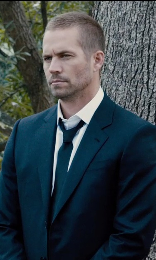 Paul Walker with Polo Ralph Lauren Solid Silk Repp Tie in Furious 7