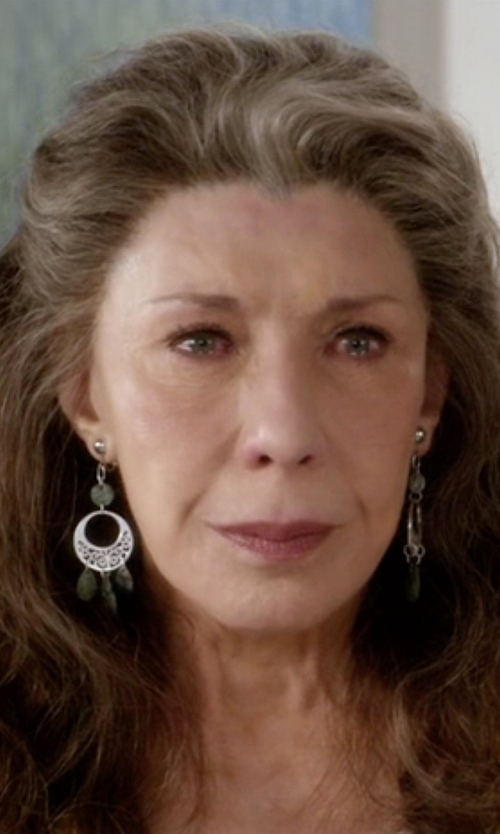 Lily Tomlin with A.B.S. By Allen Schwartz Beaded Chandelier Earrings in Grace and Frankie